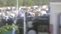 أمن الدولة يقوم بالاعتداء على اخوان الاسماعيلية ومنعهم من دخول مسجد أبو المجد