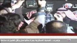 النائب الكويتى الذى رفعه حذاءة لعباس ابومازن وعقالة لاسماعيل هنية