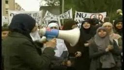 احتجاجات على منع ارتداء الحجاب بمدارس بلجيكا