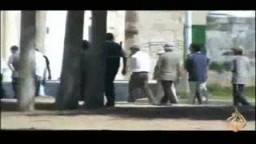 متطرفون يهود في باحات الحرم القدسي الشريف 