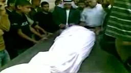 الدكتور سامي أبو زهري يودع شقيقه في مستشفى أبو يوسف النجار