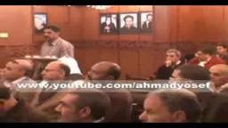 الاخوان والاحزاب في عزاء الكنيسة بدمياط