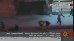 شاهد اعتقالات الشرطة للمتظاهرين بميدان طلعت حرب