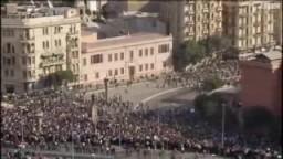 إشتباكات لصوص النظام مع المتظاهرين السلميين بميدان التحرير
