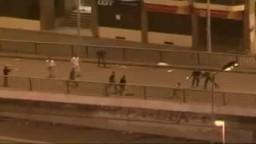 سحب قتلي قرب ميدان التحرير فجر اليوم