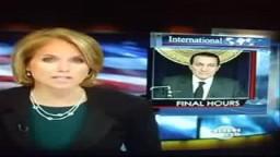 مبارك أثناء استقلاله الطائرة إلى شرم الشيخ