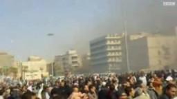 مظاهرات فى عدة مدن ليبية والقذافى يأمر بإطلاق الرصاص الحى على المتظاهرين