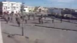 ليبيا مجازر ضد المتظاهرين استشهاد أكثرمن 200