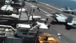 حاملات الطائرات الامريكية تعبر قناة السويس وتقترب من ليبيا