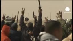 قصف لإجدابيا والثوار يستعيدون السيطرة على البريقة