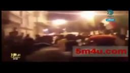 متظاهرين يحرقون مقر أمن الدولة فى الاسكندرية
