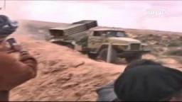 قوات القذافى تقصف الثوار فى ليبيا مدينة بن جواد
