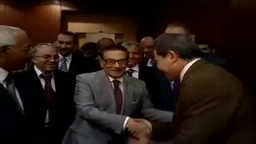 حقيقة توفيق عكاشه رئيس قناة الفراعين : يقبل يد صفوت الشريف