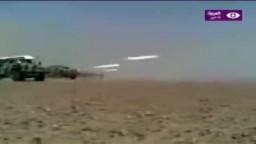 قصف مرتزقة القذافي لأحد المدن الليبية بالصواريخ
