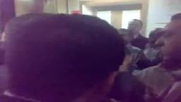 طرد توفيق عكاشة رئيس قناة الفراعين شر طردة من الحاضرين في اعتصامات ماسبيرو