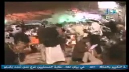 صنعاء : مصابين في المستشفى الميداني فى مجزرة الأحد 17 ابريل 2011م