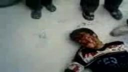 جرائم النظام السوري اطلاق النار وقنص المتظاهرين فى الرأس .. حمص البياضة