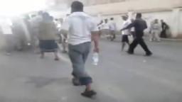 5 / 11  إطلاق رصاص كثيف على شباب التغيير باليمن
