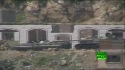 الدبابات تقصف مدينة تعز اليمنية