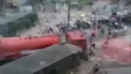 للكبار فقط- فيديو جديد- دهس مجنزرة تابعة للشرطة للشهيد اسلام رفعت عمدًا وبمنتهى الوحشية في جمعة الغضب