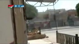 حمص بابا عمرو دبابات تمر مسرعة مطلقة رصاص عشوائيا