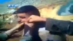سوريا | جيش بشار يجبر الثوار على قول لا اله الا بشار