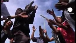 ليبيا | طرابلس : الفرحة تعم الليبيين فى طرابلس بعد السيطرة الكاملة على سرت و أنباء عن مقتل معمر القذافى