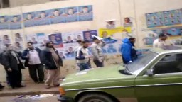 فى اليوم الثانى لانتخابات المرحلة الأولى برلمان الثورة - أمام مدرسة سعد زغلول بالمندره