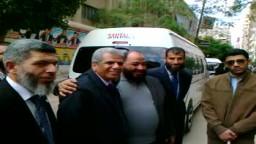 عناق عبد المنعم الشحات مرشح حزب النور مع صبحي صالح