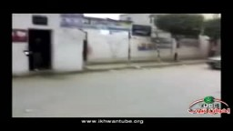 مسيرة سيارات لأحد فلول الحزب الوطني (عادل شعلان) صباح اليوم أمام إحدي اللجان بكفر الدوار