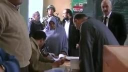 الحاج سعد حسن مرشح الحرية والعدالة بالمنوفية عمال وفلاحين يدلي بصوته