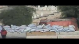 سوريا- حماة جسر المزارب الدبابات مغطاه و مخباة و حفر خنادق 20 12 2011