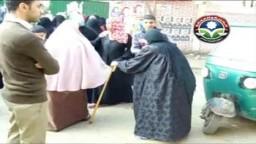 سيدة عجوز وإصرار على المشاركة شرق شبرا الخيمة