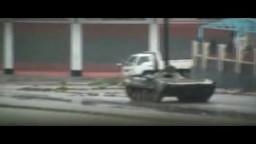 حمص الدبابات تقصف شارع القاهرة هاااام جدا 17 1 2012