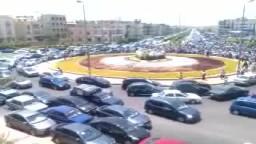 د مرسى يصلي الجمعة بدون حراسة  بالتجمع الخامس 6/ 7/ 2012