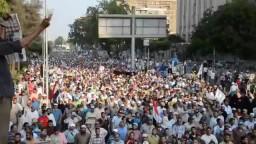 حشود هائلة متجهة الي الحرس الجمهوري7/7