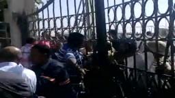 الجيش يقوم بضرب عمال السويس للصلب