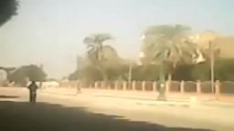 مدرعه تدهس طالب أمام جامعة الأزهر بأسيوط