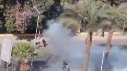 أسود جامعة القاهرة يتصدون لقوات الانقلاب