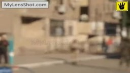الأمن يطلق الرصاص الحي فوق رؤوس سلسلة بشرية