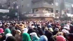 حشود رهيبة بمسيرة عين شمس فى ذكرى 25 يناير