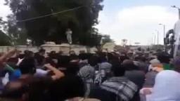 شباب القافلة بعد منعهم من دخول غزة