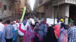 الحضرة بعد صلاة العيد في مسيرة ضد الانقلاب