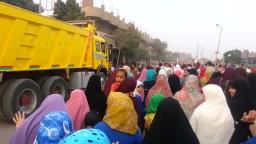 شاهد ابنة شهيد تقود مسيرة نسائية بالقليوبية