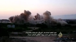 دبابات الجيش تهدم بيوت اهالي سيناء
