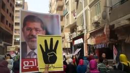 صور وﻻفتات الرئيس مرسى تغزو المعادى