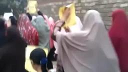 مسيرة حاشدة لحركة نساء ضد الانقلاب ببنها