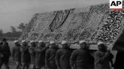 موكب خروج المحمل الشريف من القاهرة منطلقا صوب الاراضي الحجازية حاملا كسوة الكعبة المشرفة