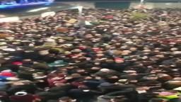 """في مشهد مهيب.. المصلون يهتفون للأقصى بعد صلاة """"الفجر العظيم"""" بمدينة  نابلس"""