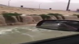 تحول الطريق الدائري بالمعادي لشلالات بسبب انعدام البنية التحتية في مصر